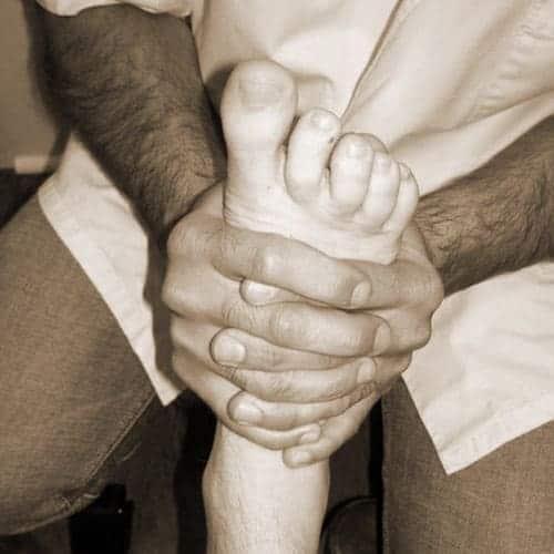 Rééducation du pied chez l'ostéo.